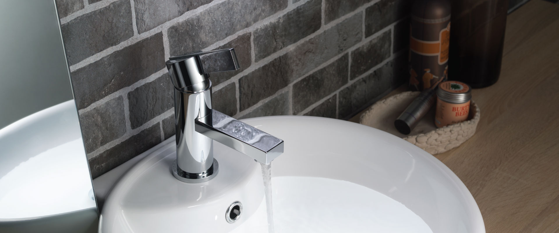 single hole round faucet
