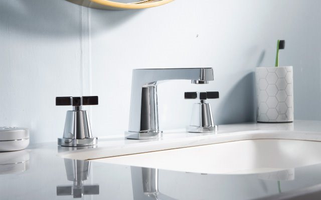 transitional three hole faucet